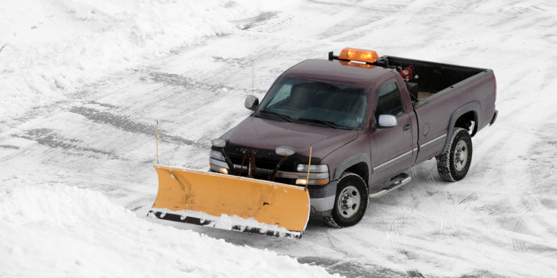 hiring professional snow removal services for your office